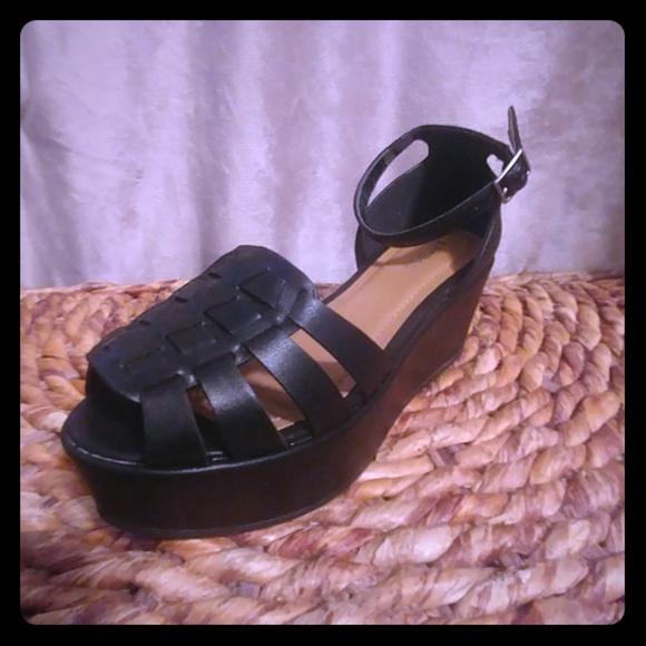 f85eeedafc7 BAMBOO Shoes - Bamboo Black Platform Sandals